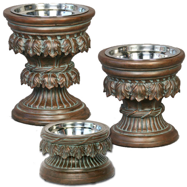 baroque raised dog feeder